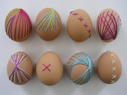 Thread patterns on easter eggs