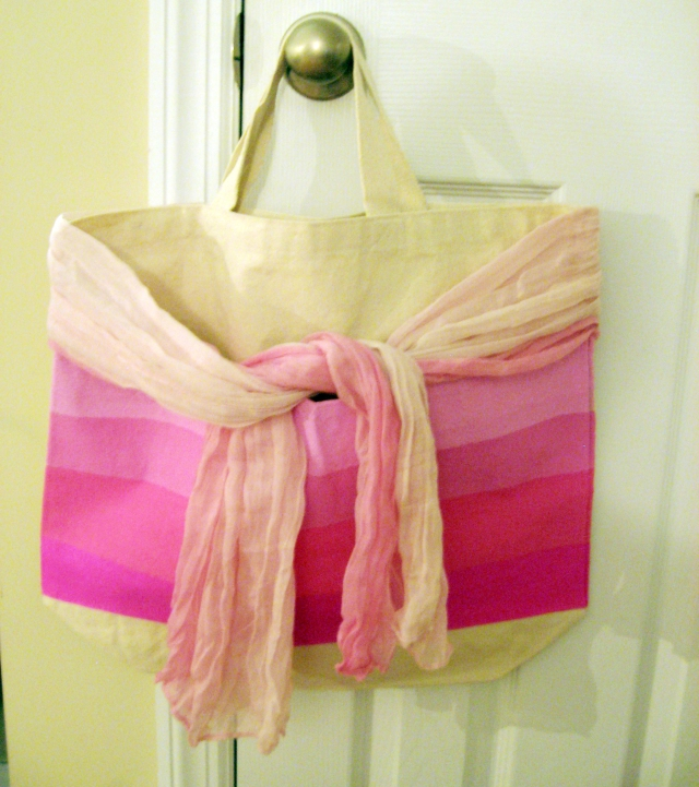 Ombre tote bag via Make Something Mondays