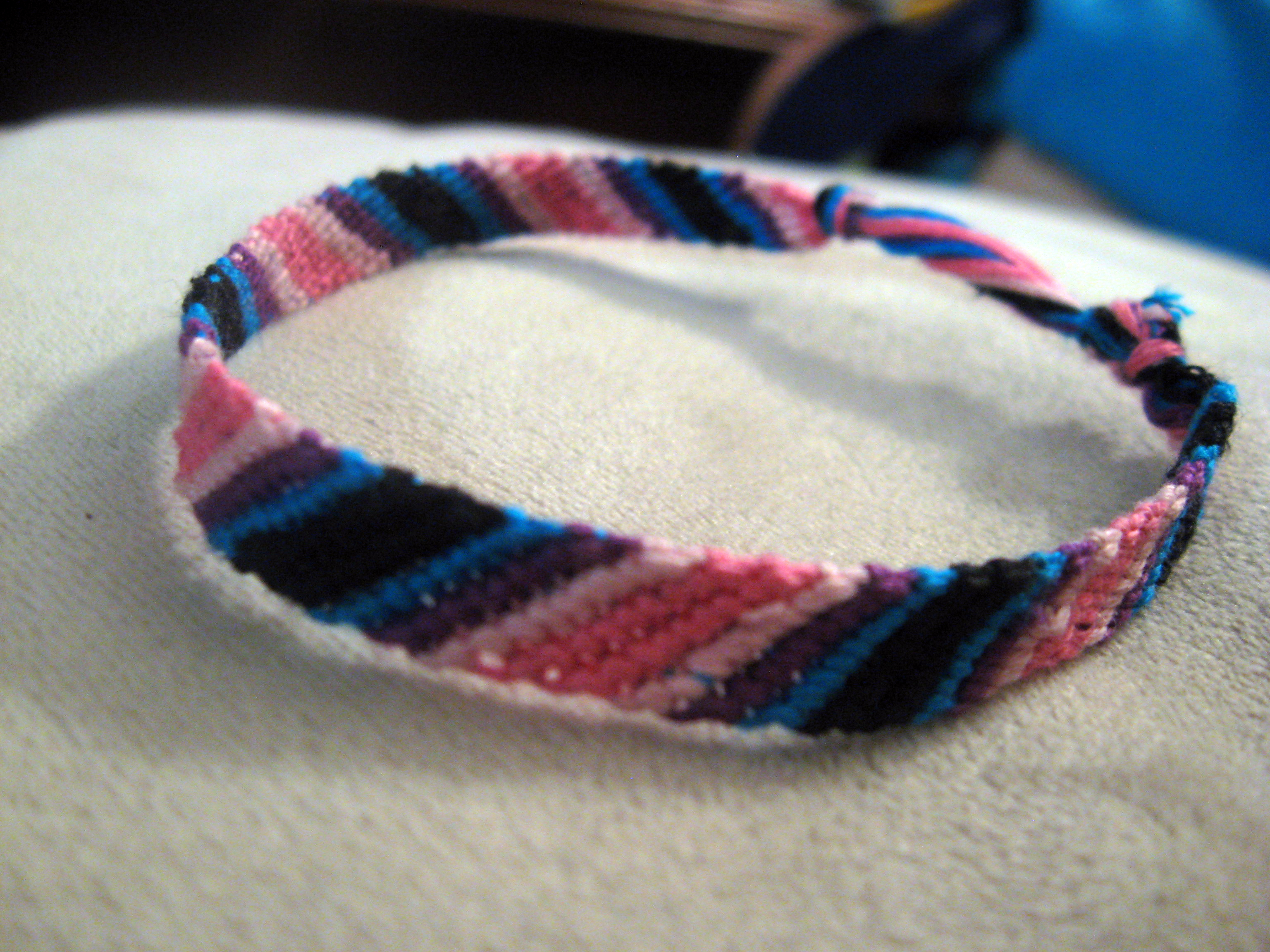 floss diy easy embroidery fishtail bracelet tutorial from caymancode friendship