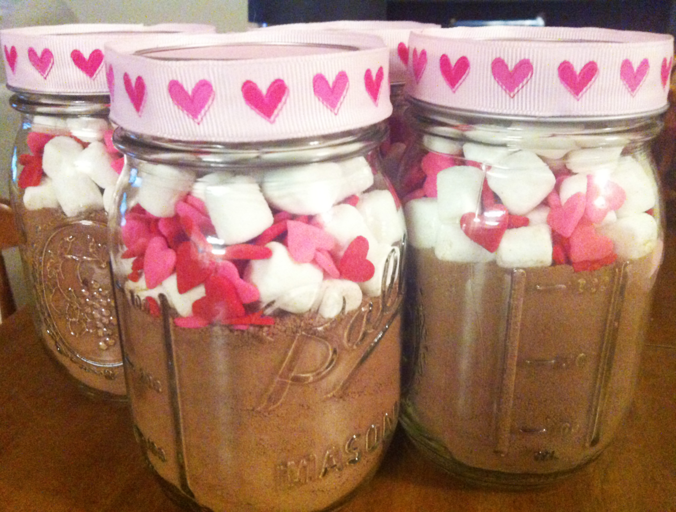 Diy Valentine S Day Themed Mason Jar Hot Chocolate Gift Make