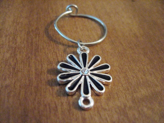 Flower wine glass charm
