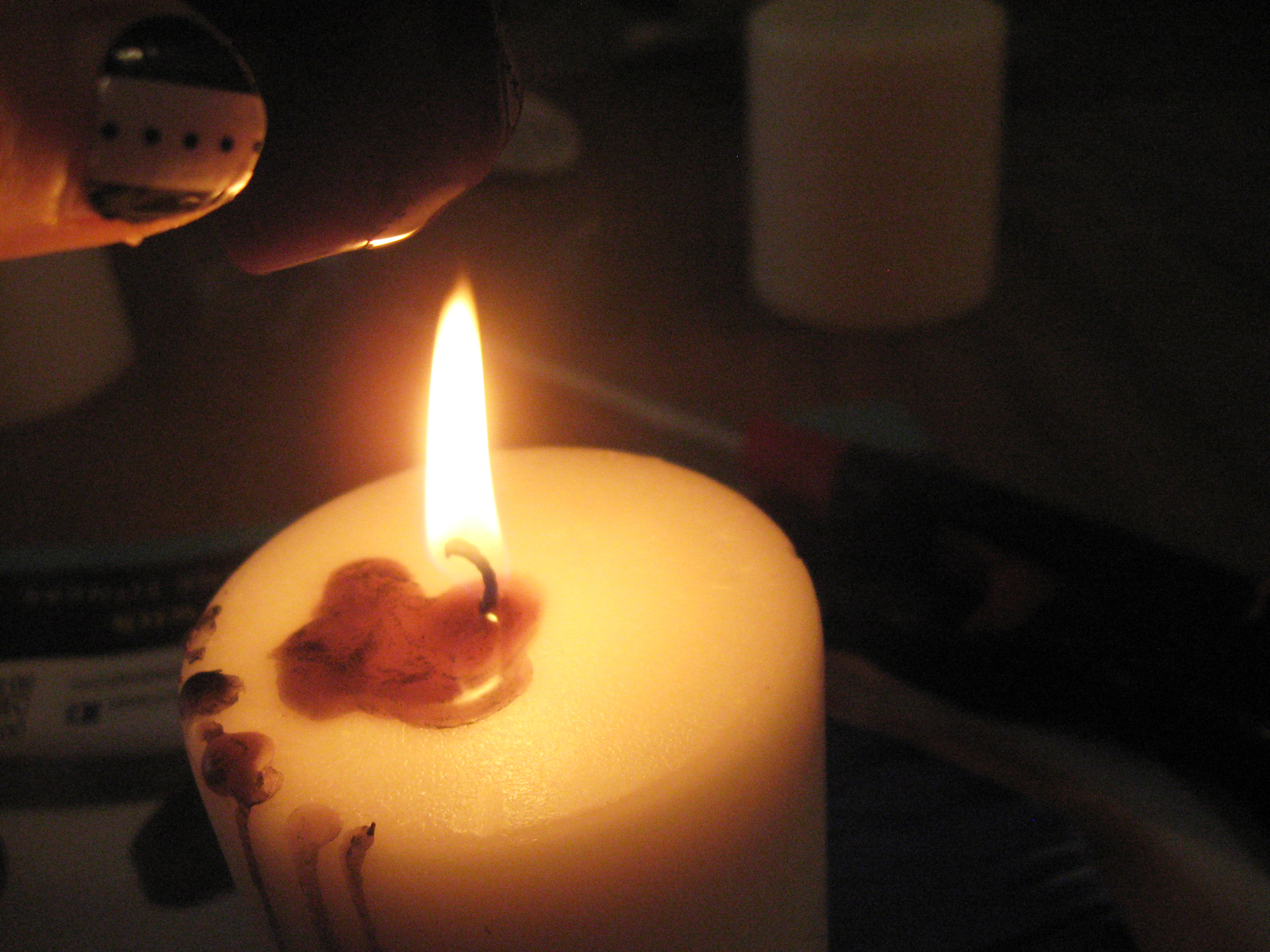 how to keep taper candles from dripping