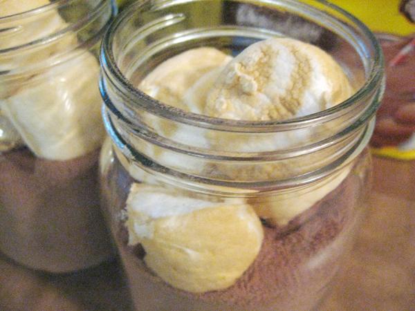 caramel vanilla mar mellow hot chocolate