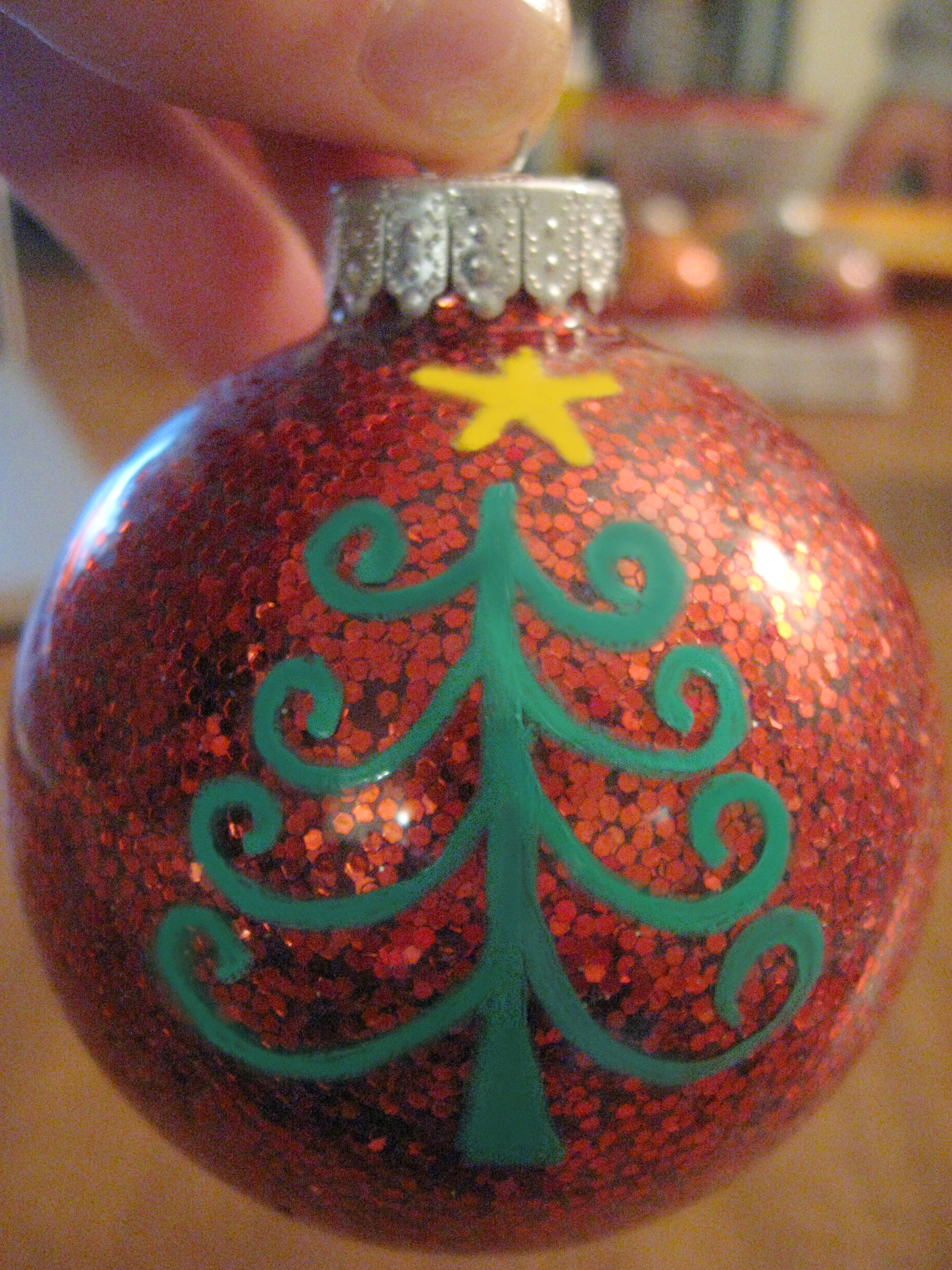 Diy glitter christmas ball ornaments make something mondays