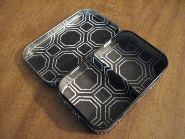 upcycled tin jewelry box
