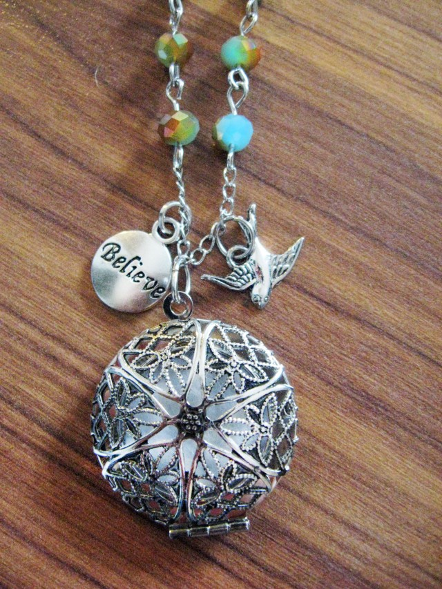 DIY diffuser charm necklace