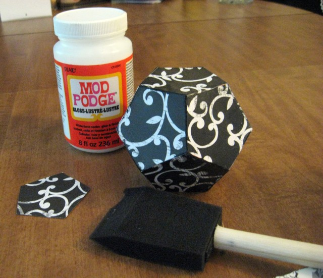 mod modged scrapbook paper pen holder