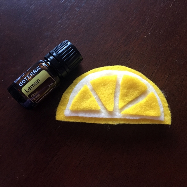 DIY lemon car air freshener