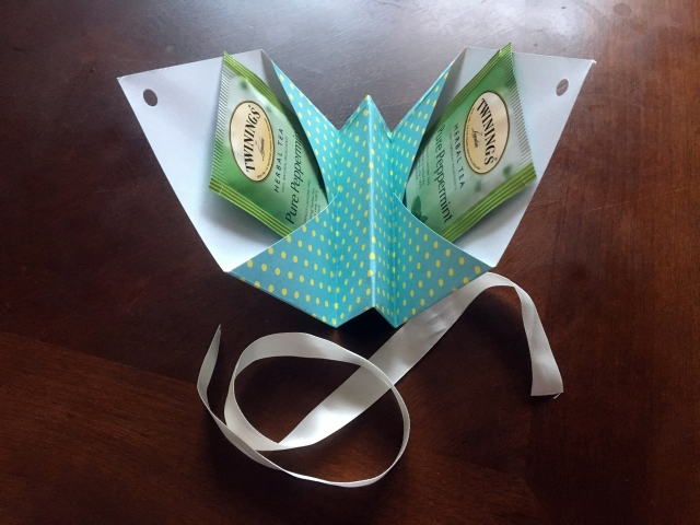 diy paper tea holder