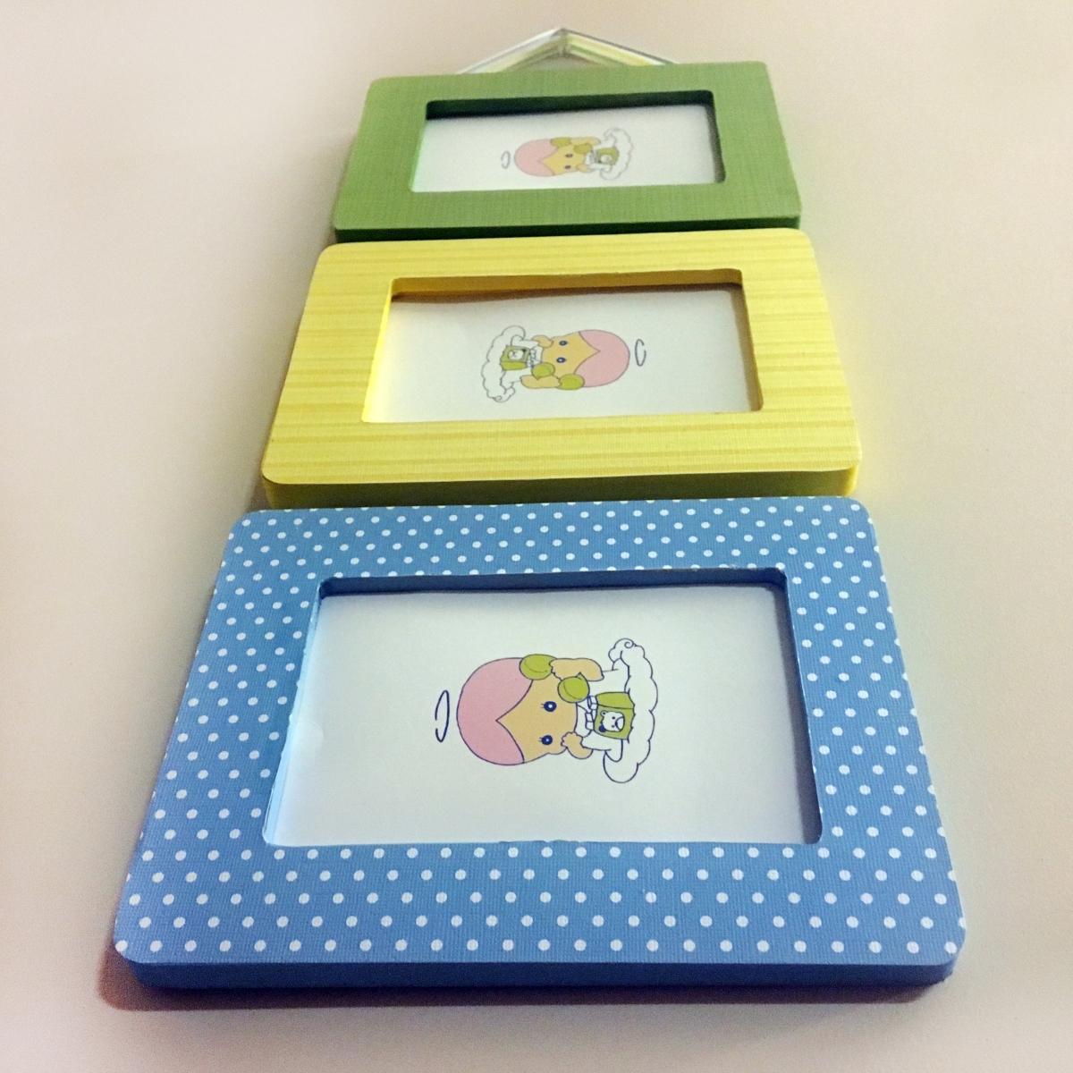 Diy ribbon hanging picture frames make something mondays jeuxipadfo Image collections