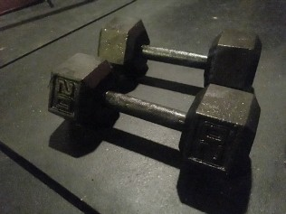 dumbbells with rust removed